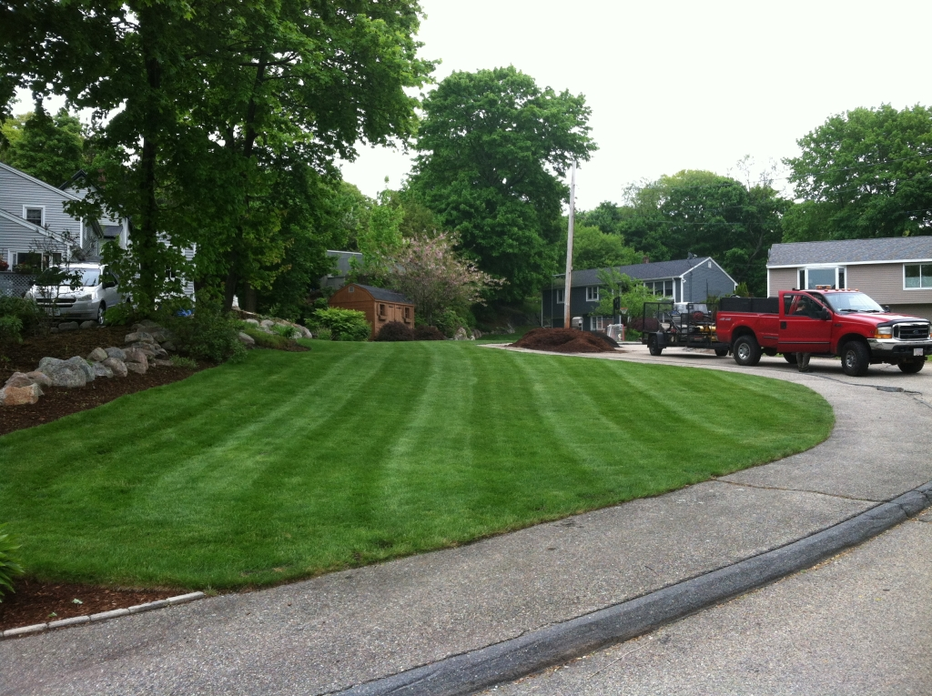 Gloucester Landscaping lawn mowing